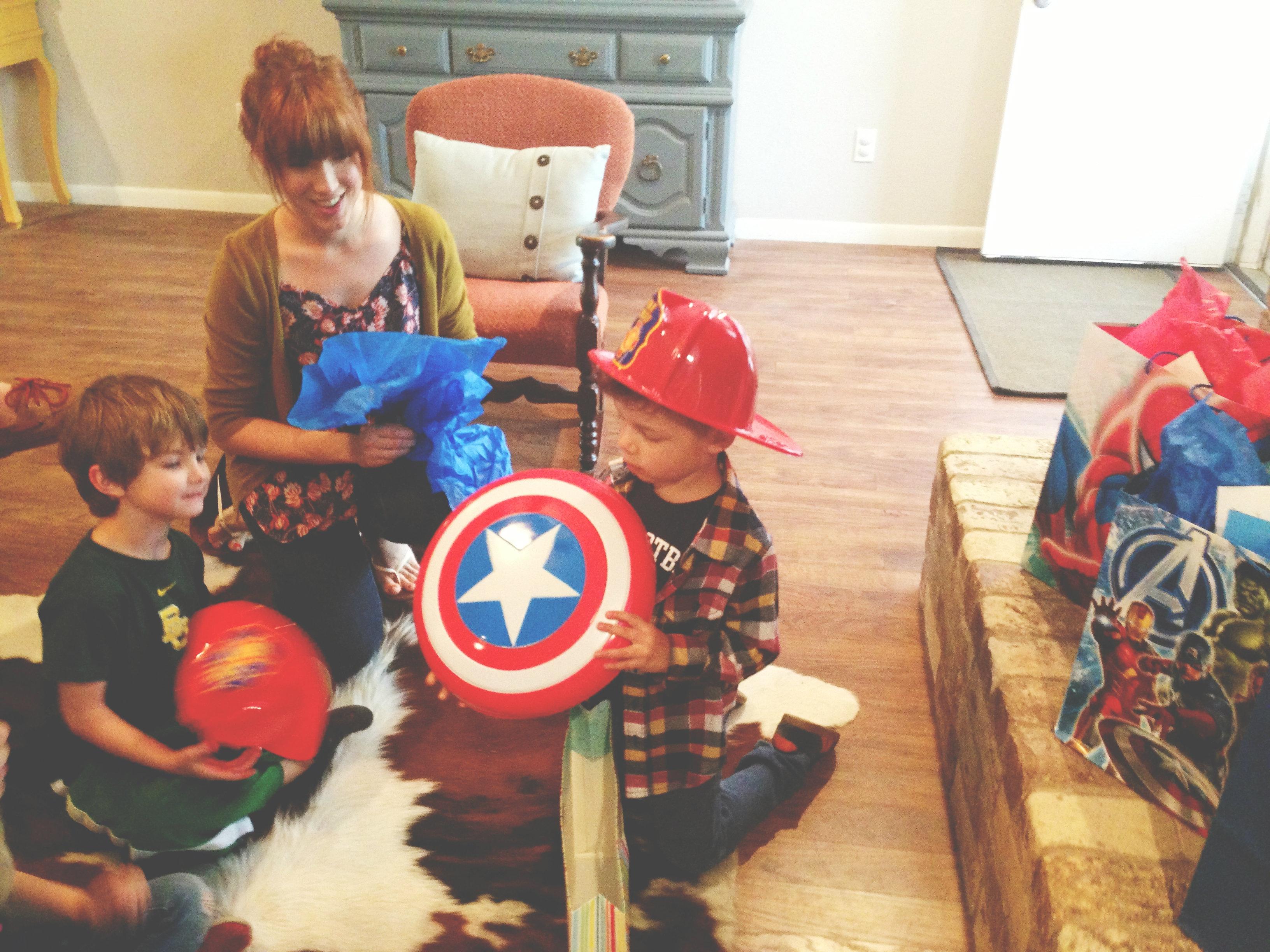 I spy a Capitan America costume